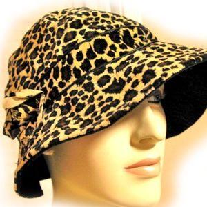 NEW Womens Hat Animal Print Leopard Women's Hats